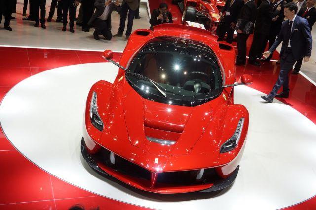 [Resim: alb_65_11_Ferrari-LaFerrari-Ferrari-5%5B5%5D.jpg]